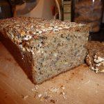 Chleb razowy wieloziarnisty