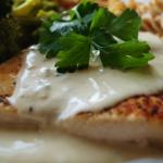 Filet z piersi kurczaka w sosie gorgonzola