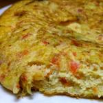 Omlet z warzywami, tuńczykiem i serem mozzarella by GymDope