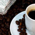 """Czy kawą można """"nadrobić"""" brak snu? Badania naukowe"""