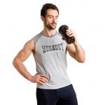 Czy można zbudować mięśnie bez siłowni? Badania naukowe