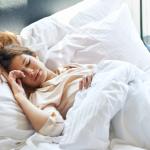 Czy dieta ma wpływ na sen? Badania Naukowe