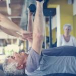 Leucyna zwiększa syntezę białek mięśniowych u osób starszych